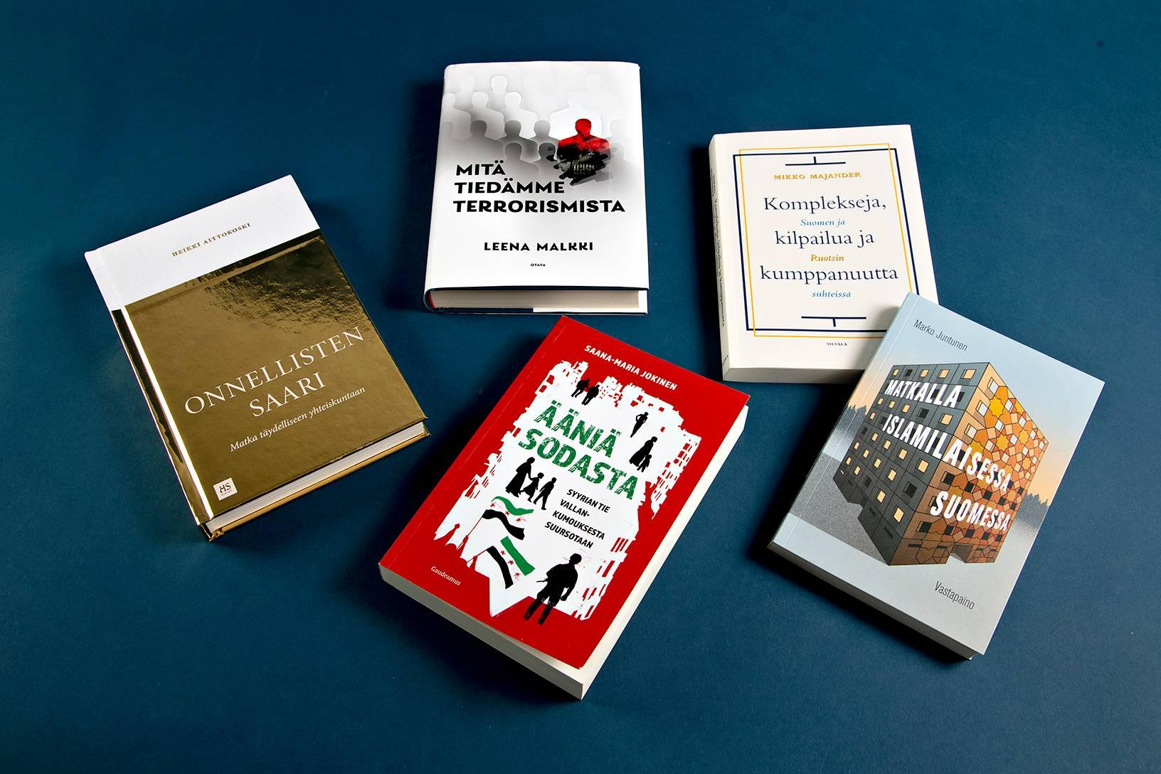 Kanava-tietokirjapalkinnosta kisaa viisi finalistia.