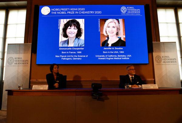 Myös Nobelin palkinnot jaettiin tänä vuonna koronaviruksen johdosta poikkeuksellisissa oloissa.