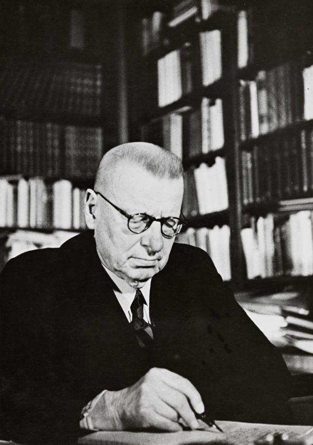 J. K. Paasikiven päiväkirjamuistiinpanoja säilytettiin vuosikymmeniä Kansallis-Osake-Pankin holvissa.