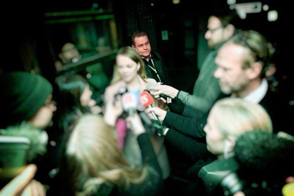 Keskustan puheenjohtaja Katri Kulmuni puhui medialle 2. joulukuuta 2019 puoluehallituksen käsiteltyä Rinteen hallitusta uhannutta kriisiä.