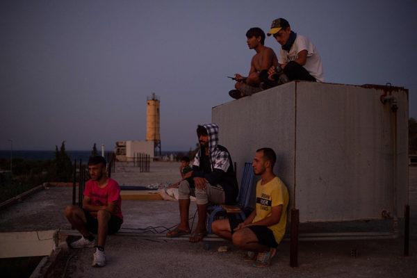 Trvapaikanhakijoita Lesboksen saarella Kreikassa 13. syyskuuta 2020. Kuvituskuva.