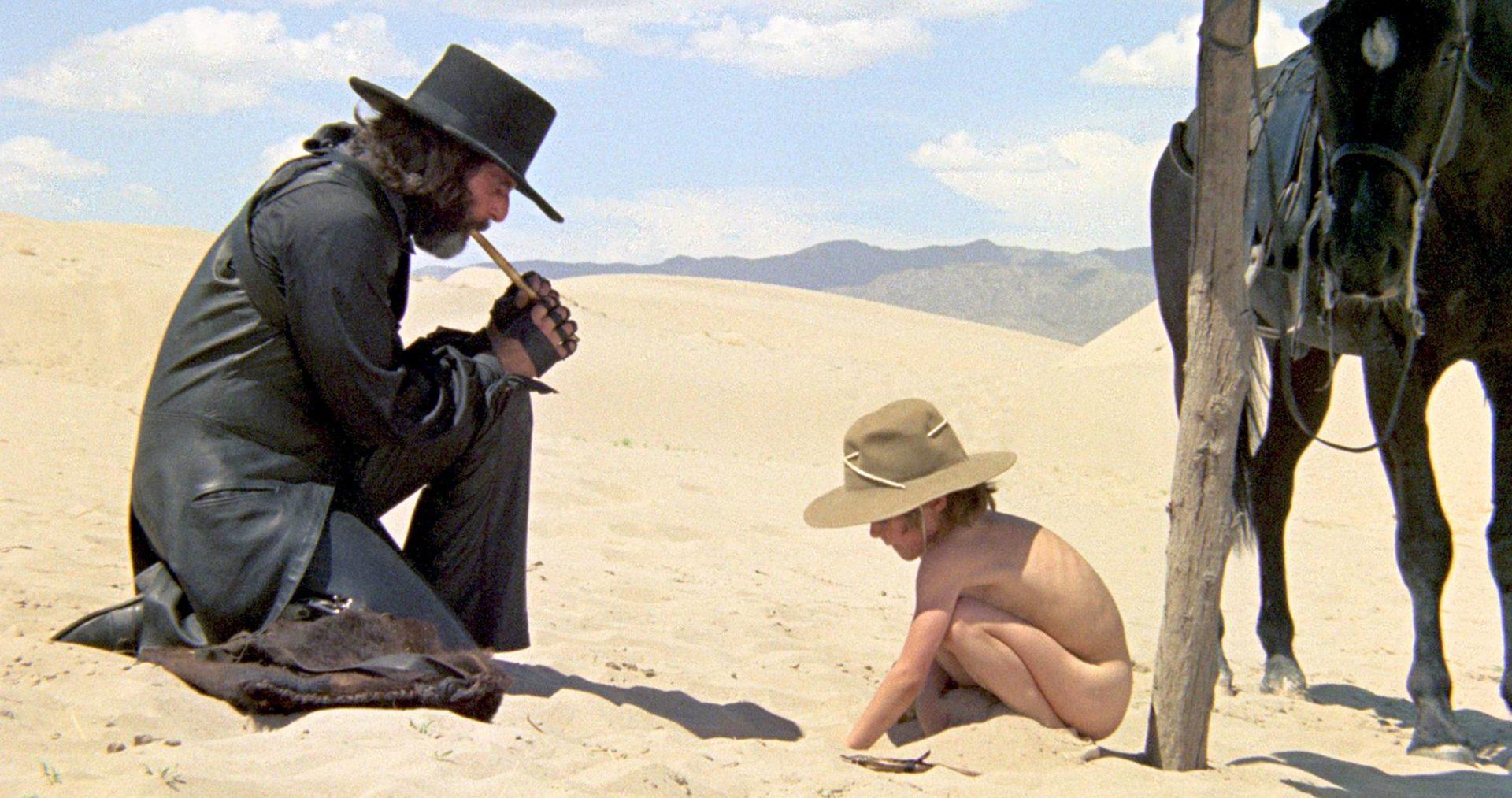 El Topossa Alejandro Jodorowsky näytteli nimiroolin. Pyssysankarin poikaa esitti oma poika Brontis Jodorowsky.