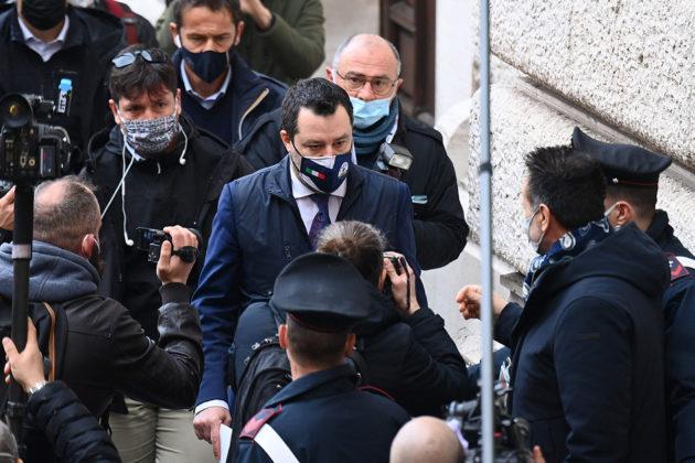 Lega-puolueen johtaja Matteo Salvini saapui Italian parlamenttiin 6. helmikuuta.