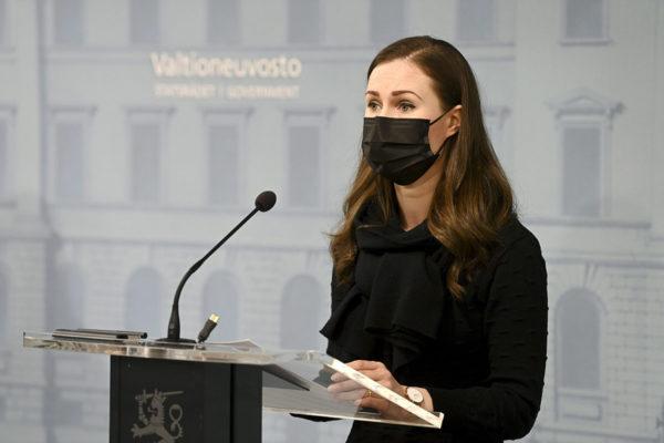 Pääministeri Sanna Marin (sd) hallituksen tiedotustilaisuudessa 25. helmikuuta.