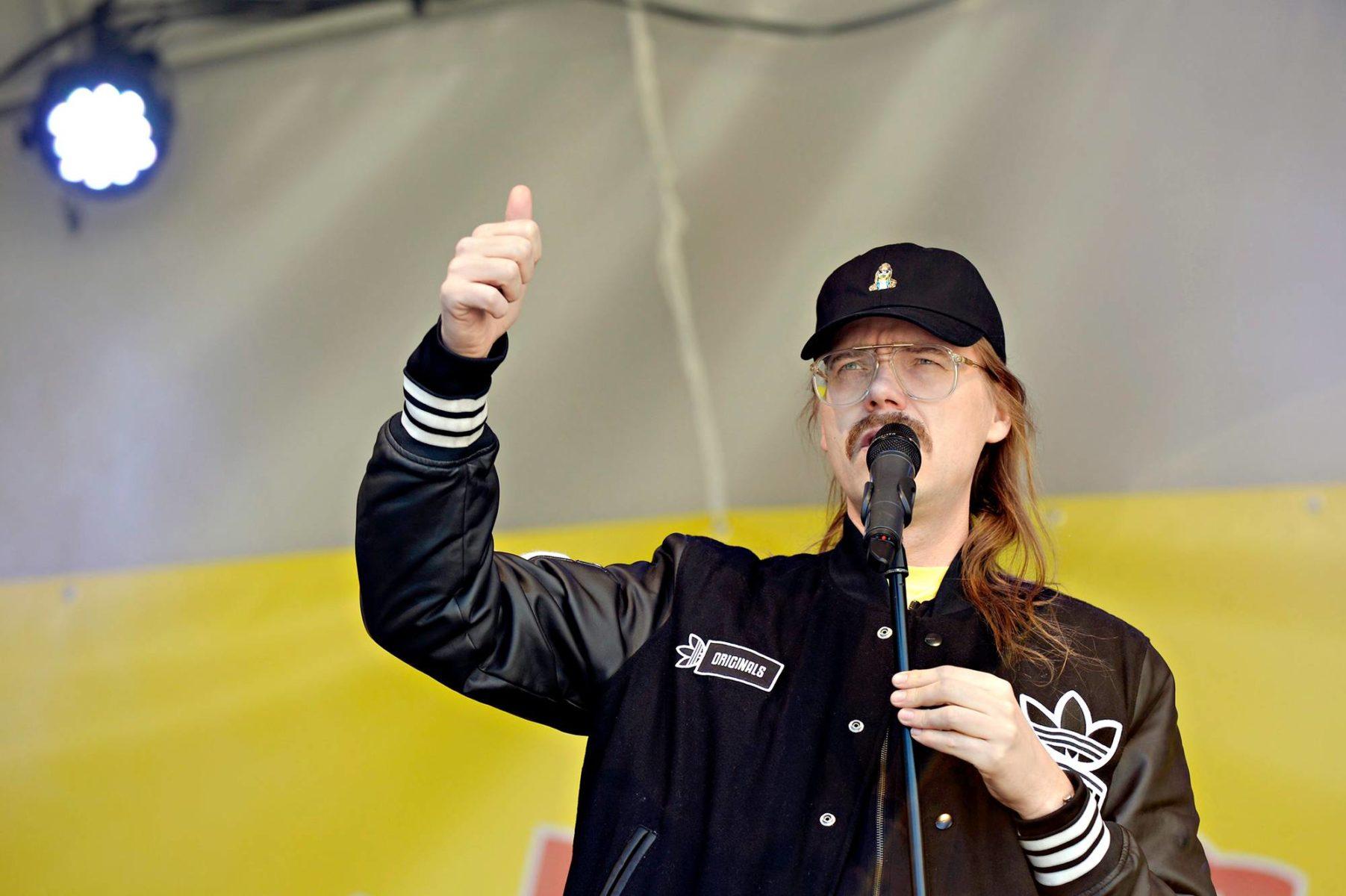 Laulaja Stigin suosio on kasvanut muun muassa Vain elämää -tv-ohjelmaan osallistumisen myötä.