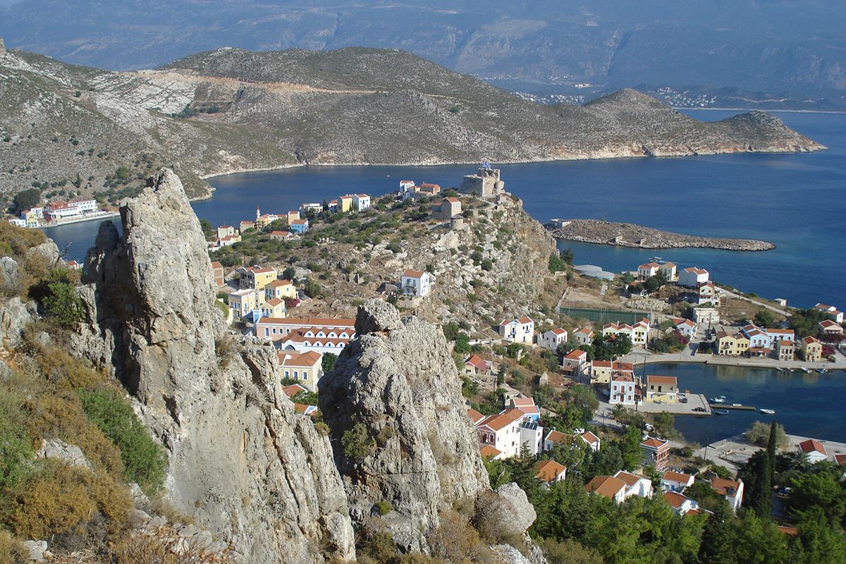 Kastelórizon saaren koko väestö on jo saanut koronarokotteen. Saarella on reilut 500 asukasta.