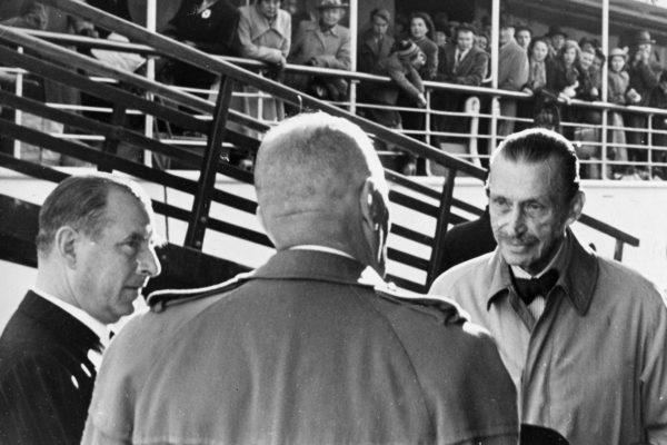 Carl Gustav Mannerheim (oik.) oli yksi Suomen presidenteistä, joiden loppukautta varjosti puutteellinen harkinta- ja arvostelukyky mutta ero viivästyi.