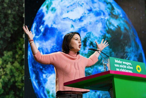 Saksan vihreiden puheenjohtaja Annalena Baerbock.