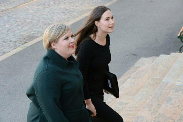 Tiede- ja kulttuuriministeri Annika Saarikko (kesk) ja pääministeri Sanna Marin (sd).