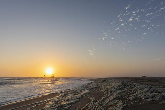 Kalastaja-alus Namibian rannikolla.