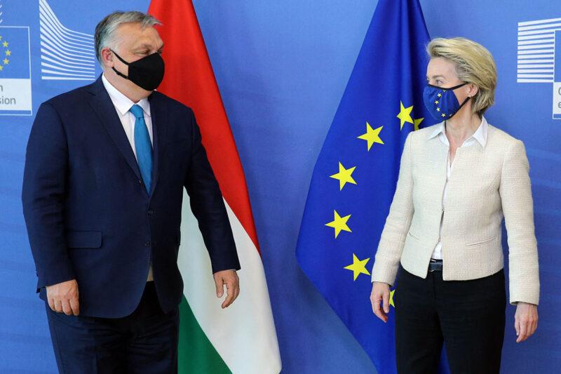 Unkarin pääministeri Viktor Orbán Euroopan komission puheenjohtajan Ursula von der Leyenin vieraana Brysselissä 23. huhtikuuta 2021.