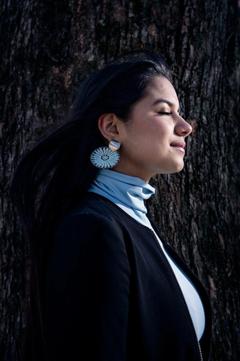 Helena Sirén Gualinga puolustaa alkuperäiskansansa oikeuksia.
