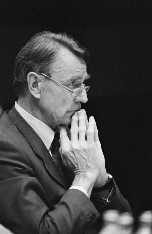 Presidentti Mauno Koivisto kesäkuussa 1990.