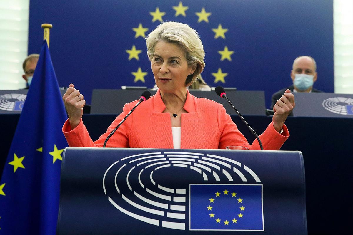 EU-komission puheenjohtaja Ursula von der Leyen piti Unionin tilaa käsittelevän puheensa 15. syyskuuta.