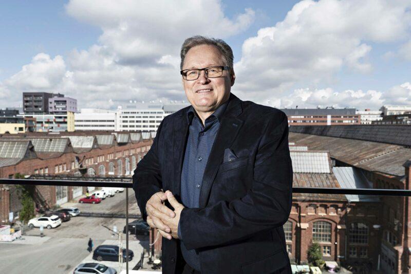 Hannu Haukka johtaa kristillis-konservatiivisen kanavan taustayhtiötä.
