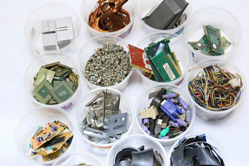 Jätteisiin päättyy valtava määrä kierrätyskelpoisia metalleja.