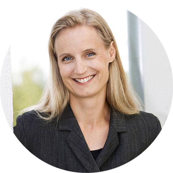 Helsingin yliopiston vero-oikeuden professori Marjaana Helminen.