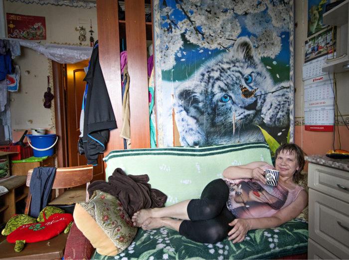 ◼Luda Petrova asuu amerikansuomalaisten rakentamassa talossa Petroskoin länsipuolella.