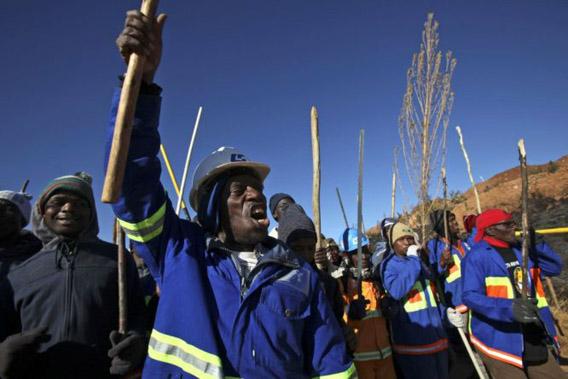 Eteläafrikkalaiset työläiset lakossa 14.7.2009