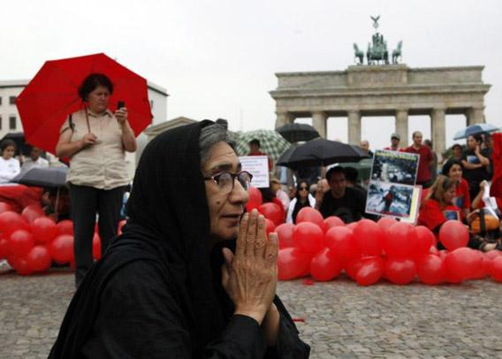 Iran-protesti Berliinissä 24.7.2009
