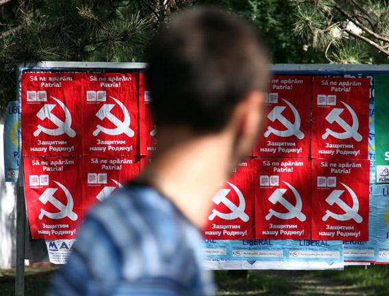 Vaalijulisteita Moldovassa