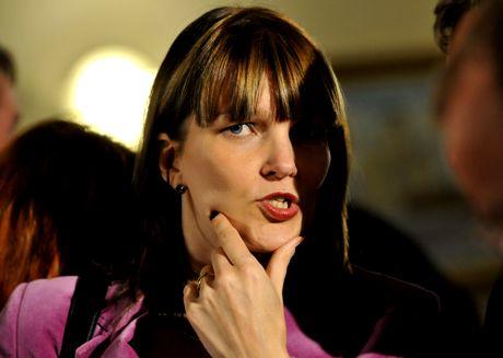 Mari Kiviniemei vaalivalvojaisissa 26. lokakuuta 2008