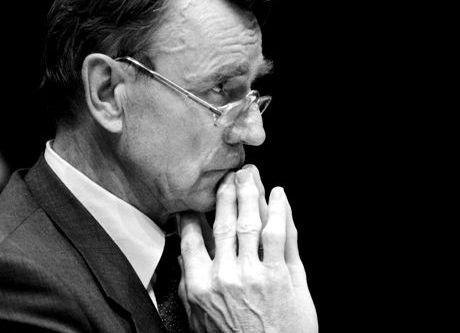 Presidentti Mauno Koivisto Päätoimittajien yhdistyksen haastateltavana 12. kesäkuuta 1990.