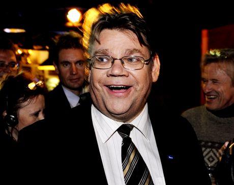 Puheenjohtaja Timo Soini Perussuomalaisten vaalivalvojaisissa 26. lokakuuta. Perussuomalaiset saivat rökälevoiton kuntavaaleissa.