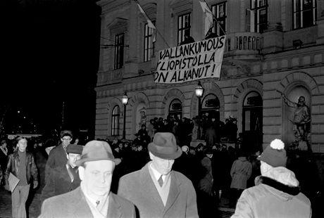 Vanhan ylioppilastalon valtaus 25. marraskuuta 1968