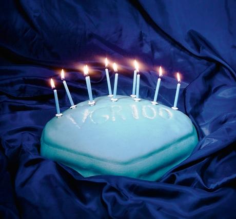 Viagra-syntymäpäiväkakku