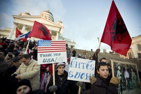 Suomen kosovolaiset juhlivat Helsingissä